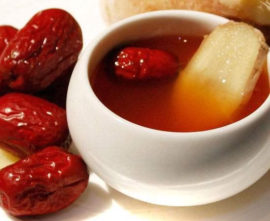 红枣和金银花的功效 不仅益气补血 还能健脾养胃