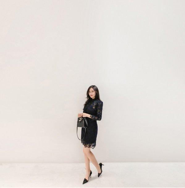 黑色蕾丝连衣裙搭配图 搭配这种鞋子这个夏天妥了