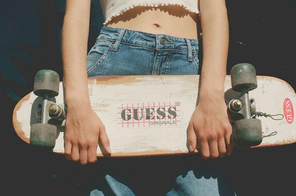 GUESS Originals 2021 夏季系列 Lookbook 赏析