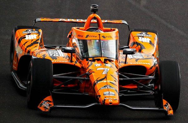 UNDEFEATED x Arrow McLaren SP 车队联名赛车涂装设计曝光