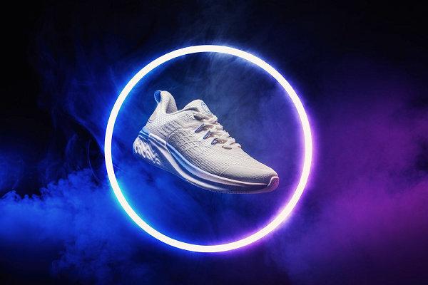 361° 全新夜跑鞋夜魅 3.0 系列抢先预览,点亮夜跑安全!
