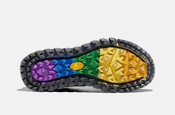 "Vibram x 迈乐全新联名""LOVE IS LOVE""鞋款开售"