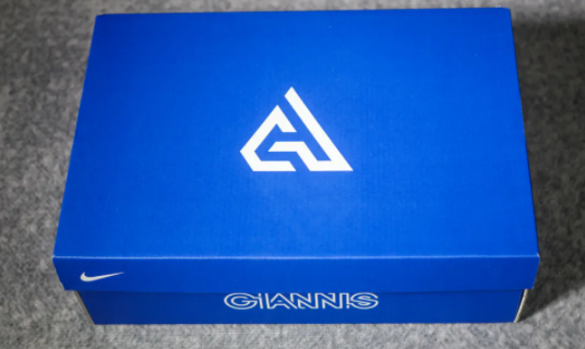字母哥支线鞋开箱测评 GIANNIS IMMORTALITY配置如何
