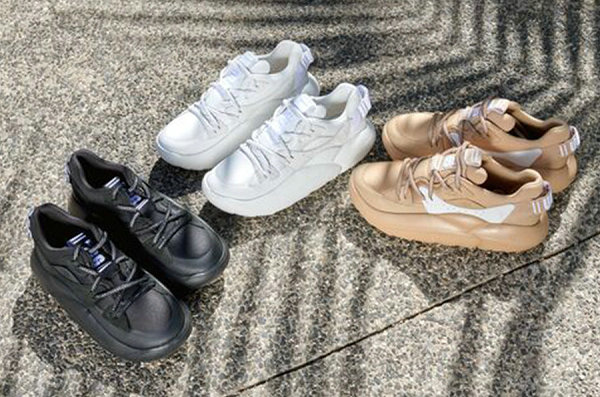 UGG 全新 LA CLOUD LACE 鞋款系列上架,轻盈潮范儿