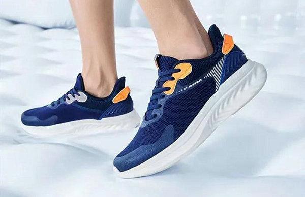 361° 全新氢翼跑鞋系列发布,舒适生活定位