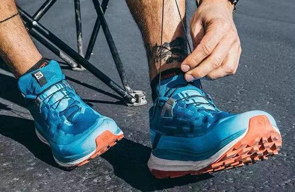 萨洛蒙全新 Ultra Glide 长距离越野跑鞋系列上市