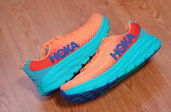 HOKA ONE ONE 全新 Rincon 3 橙蓝配色跑鞋抢先预览