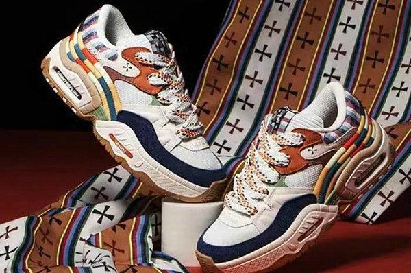 李宁全新悟行誉拓鞋款系列即将发售,辨识度不俗