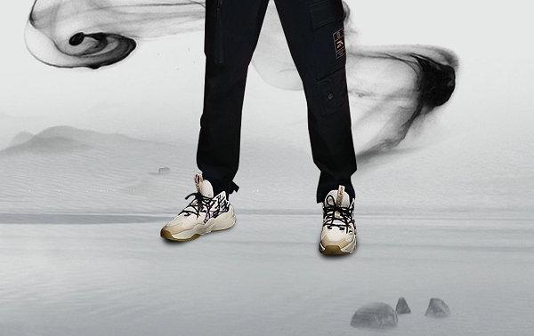 安踏全新霸道威锋 2.0 鞋款曝光,水墨风格亮了!