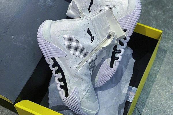 李宁全新反伍 2.0 鞋款冬季版上架,双侧拉链